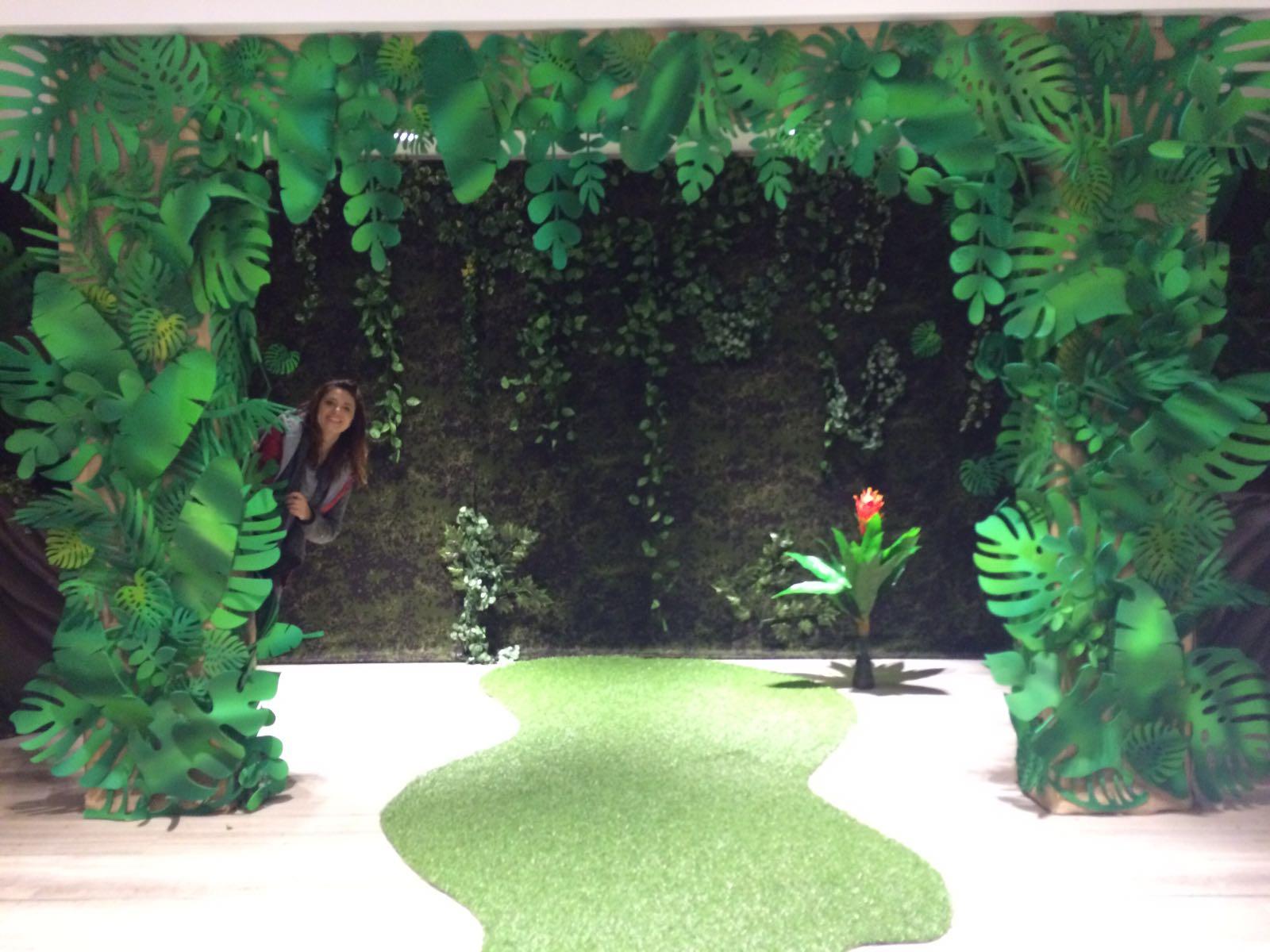 inchiriere decor petrecere tematica jungla, exotic, photo corner vara
