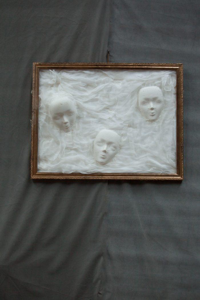 Tablou fantome, inchiriere decoruri, petrecre tematica, halloween