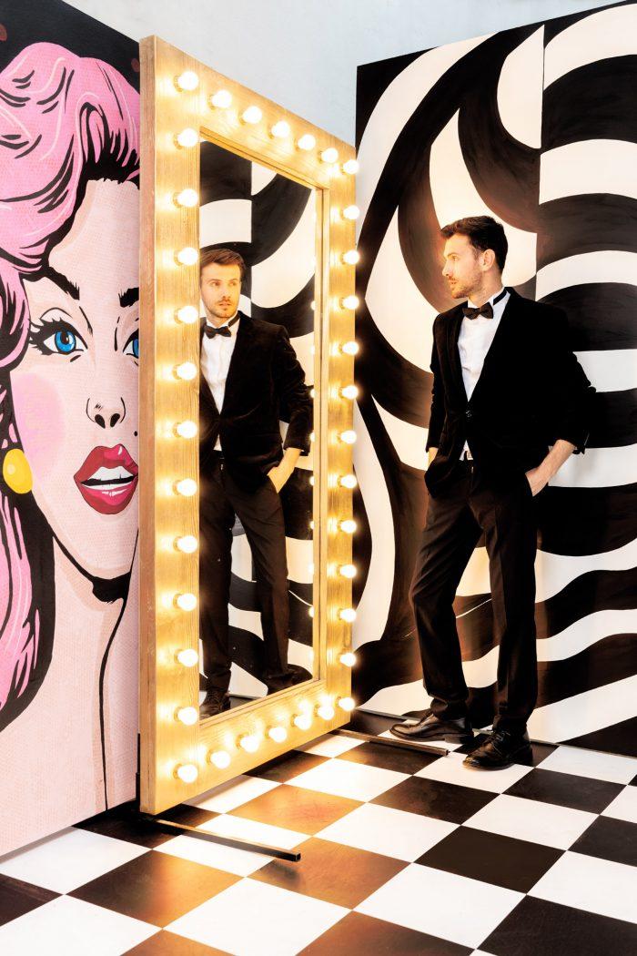 Oglinda Vanity Mirror, Inchiriere decor petrecere tematica, photo corner