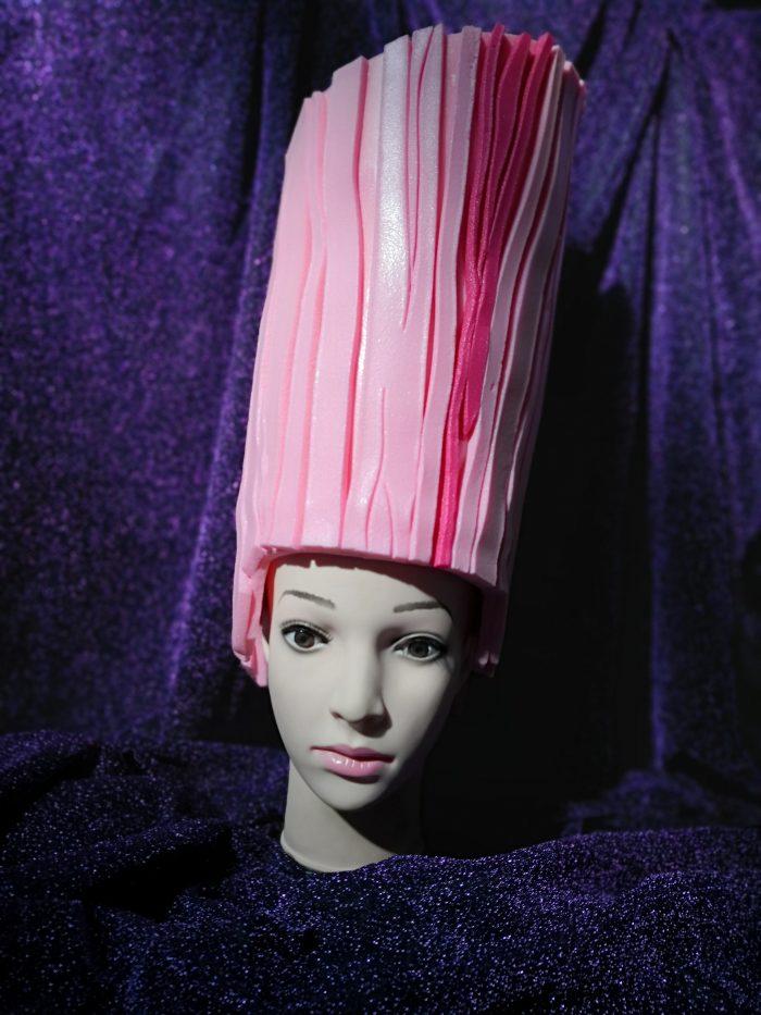 Peruca Roz , inchiriere costume , petrecere tematica , drag queen